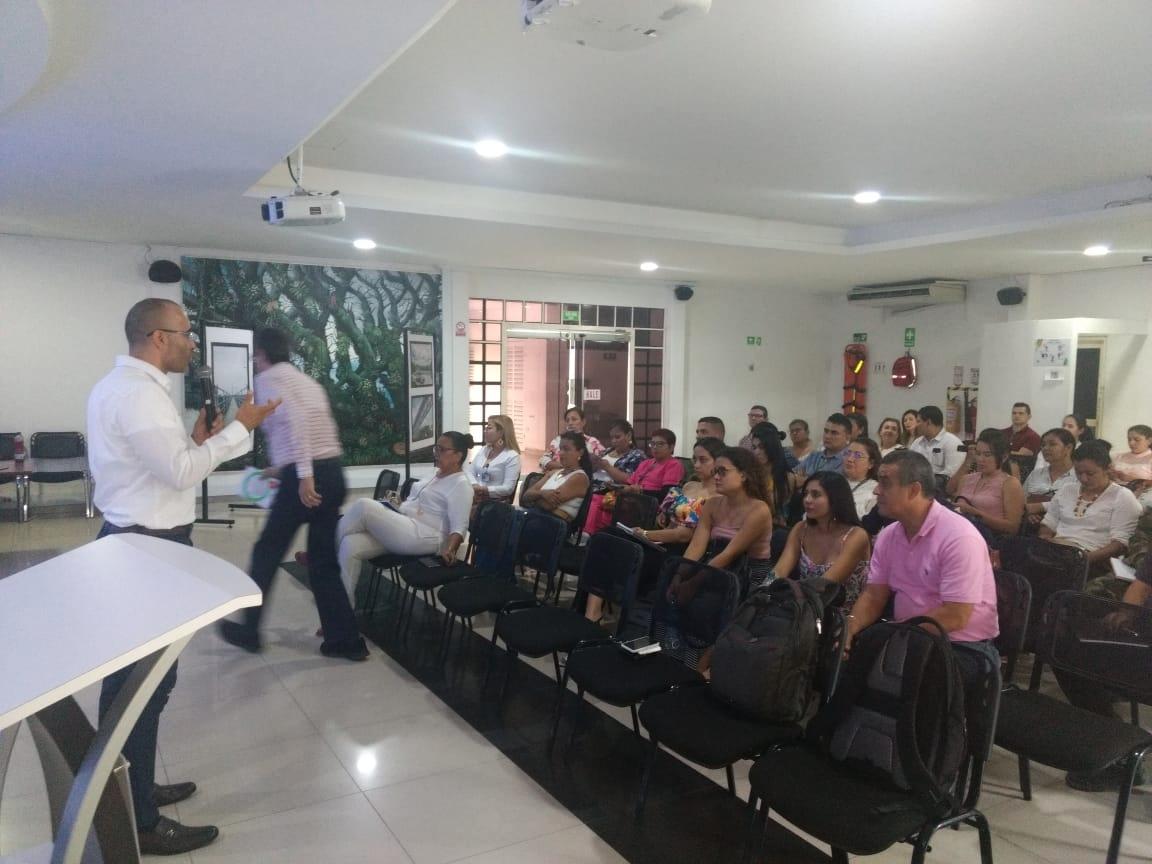 1 Director UNAD Presentando Nodo de Emprendimiento como Co director de la RUAM